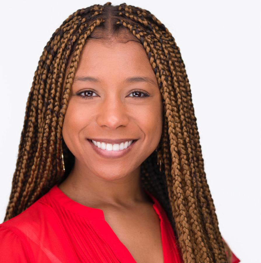 Headshot of Rachel Woods